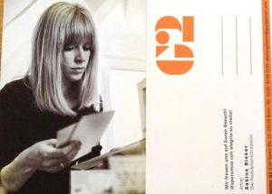 Postkarte Die Postkartenschreiberin